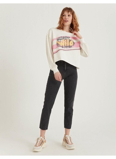 BGN Beyaz - File Detaylı Sweatshirt Beyaz